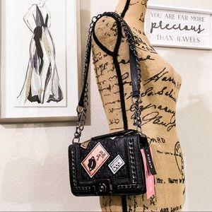 black quilt crossbody purse